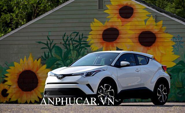 Toyota C-HR 2020 giá lăn bánh