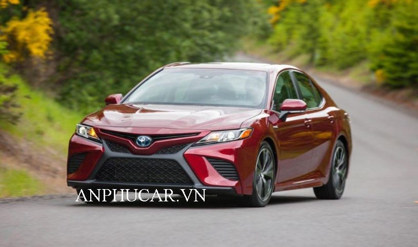 Khuyến mãi mua xe Toyota Camry 2020