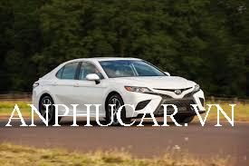 Mua xe Toyota Camry 2020