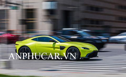 Khuyến mãi mua xe Aston Martin Vantage V8 2020