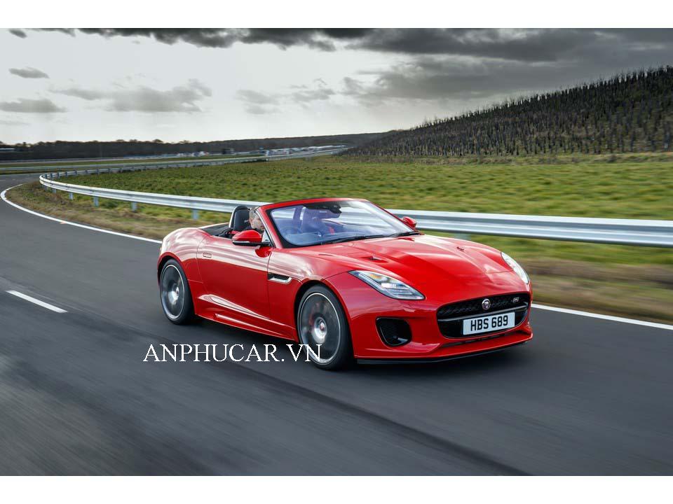 Giá lăn bánh Jaguar F-Type 2020