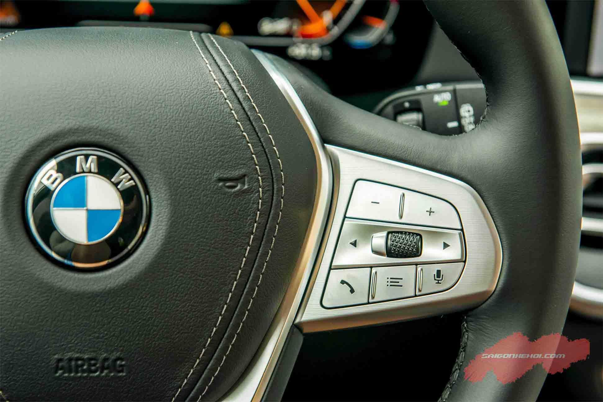 Vô lăng BMW X7 2020