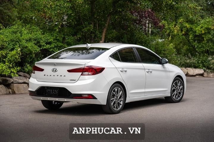 Hyundai Elantra 2020 Duoi Xe