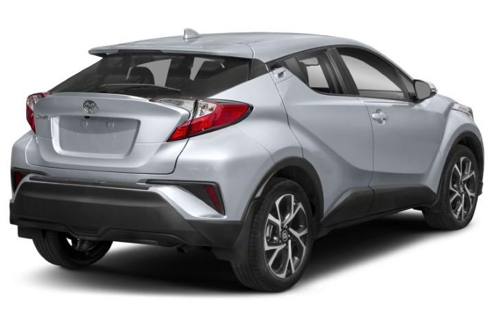Toyota C-HR 2020 duoi xe