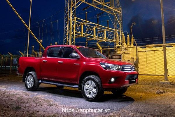 Toyota Hilux 2020 dau xe