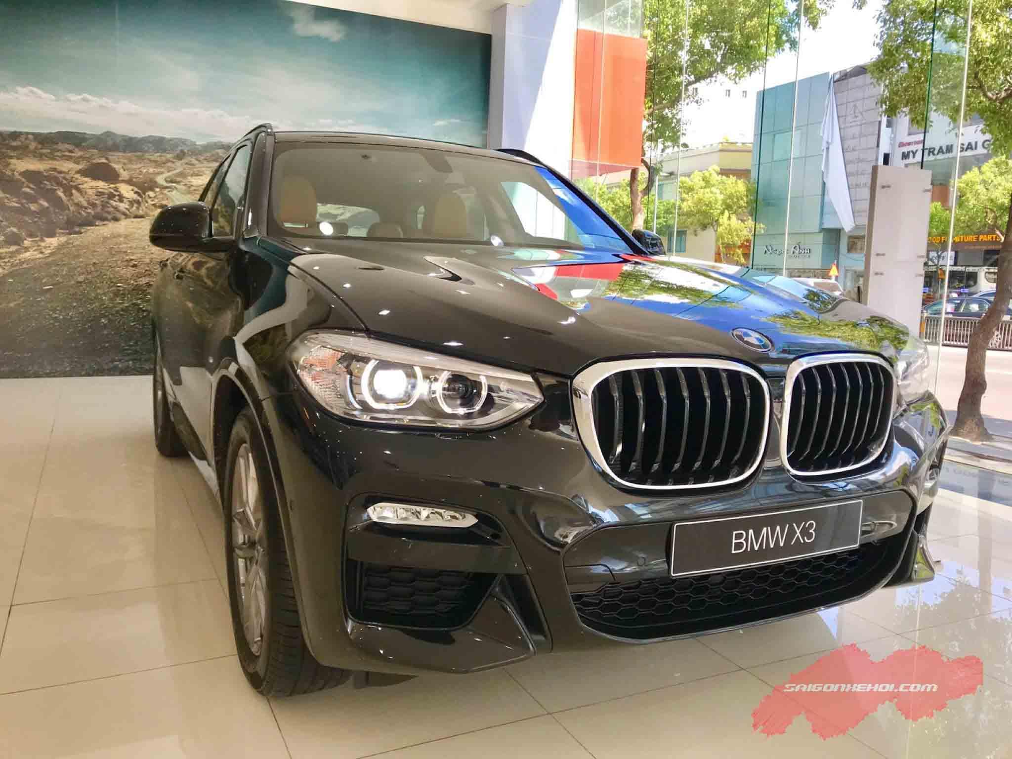 Đầu xe BMW X3 2020