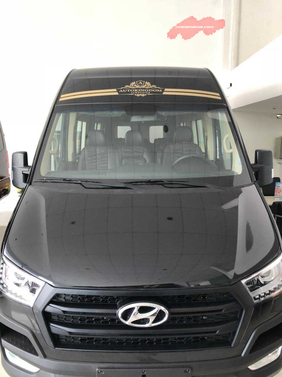 Khuyến mãi ngập tràn Hyundai Solati Limousine 2020