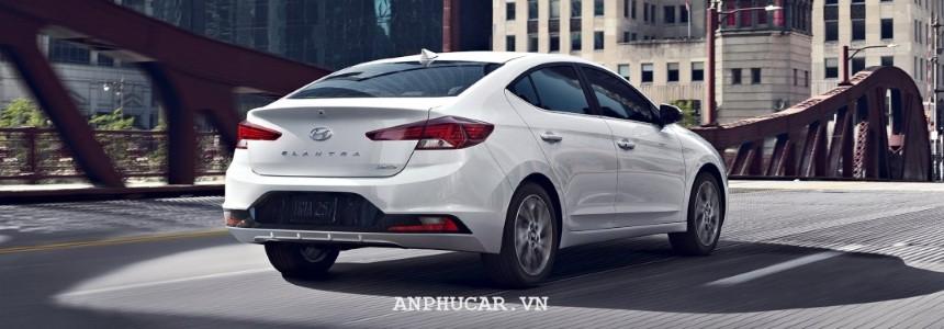 Khuyến mãi Hyundai Elantra 2.0AT 2020