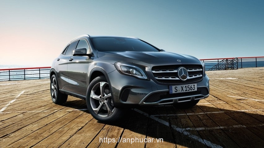 Mercedes Benz GLA 2020 dau xe