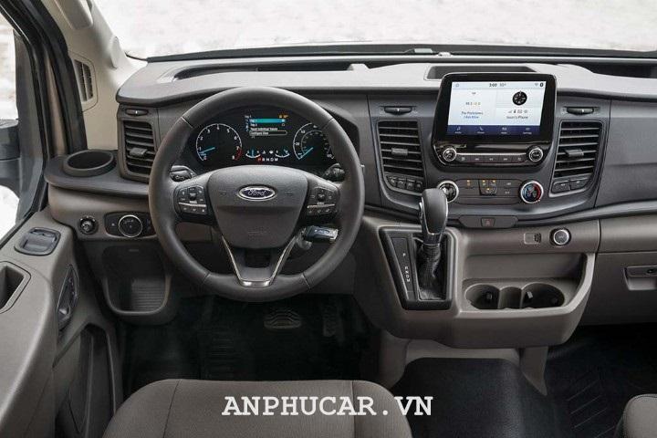 Gia lan banh Ford Transit 2020 16 chỗ