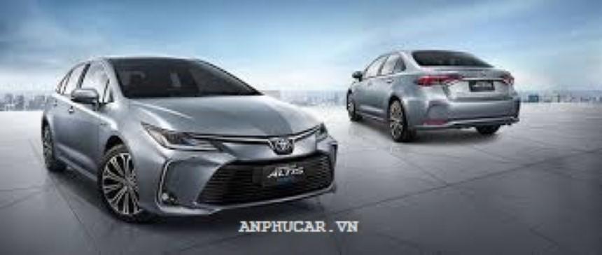 Toyota Corolla Altis 1.8E CVT 2020 danh gia