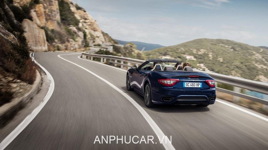 duoi xe Maserati GranCabrio Sport 2020