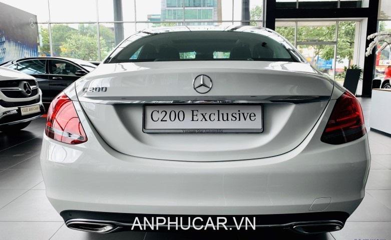 duoi xe Mercedes C200 Exclusive 2020