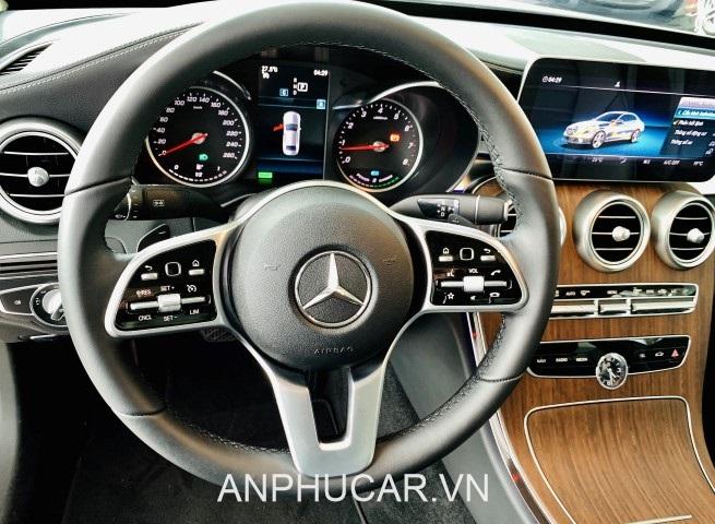 noi that Mercedes C200 Exclusive 2020