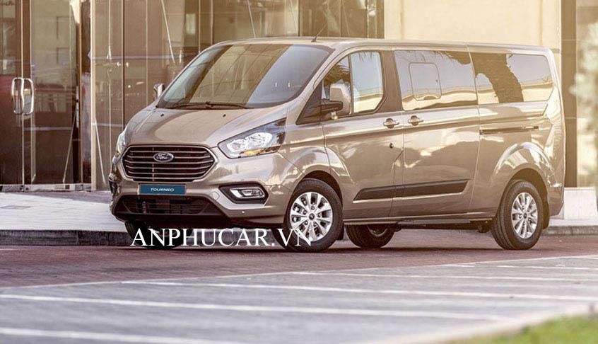 Ford Tourneo 2020 gia xe bao nhieu