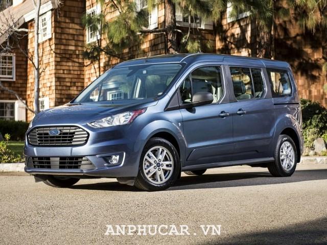 Ford Tourneo Titanium 2020
