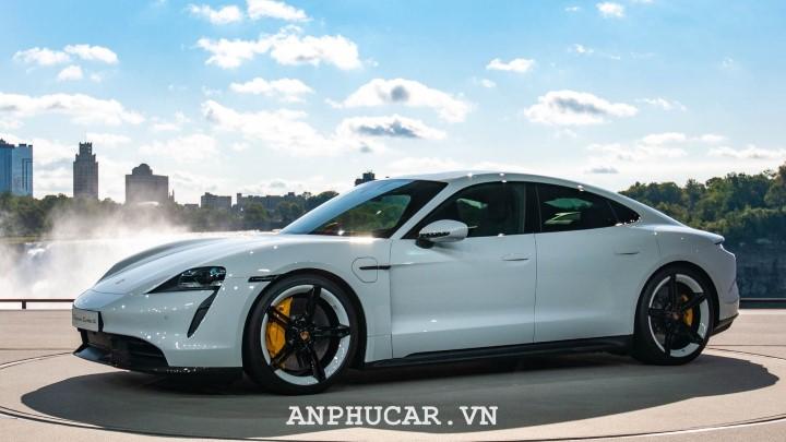 Porsche Taycan 2020 gia ban bao nhieu