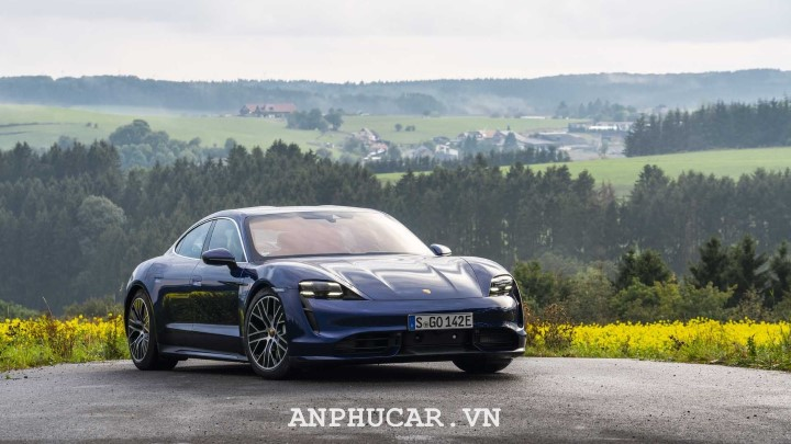 Porsche Taycan 2020 khuyen mai mua xe