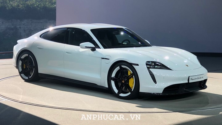 Porsche Taycan 2020 thiet ke