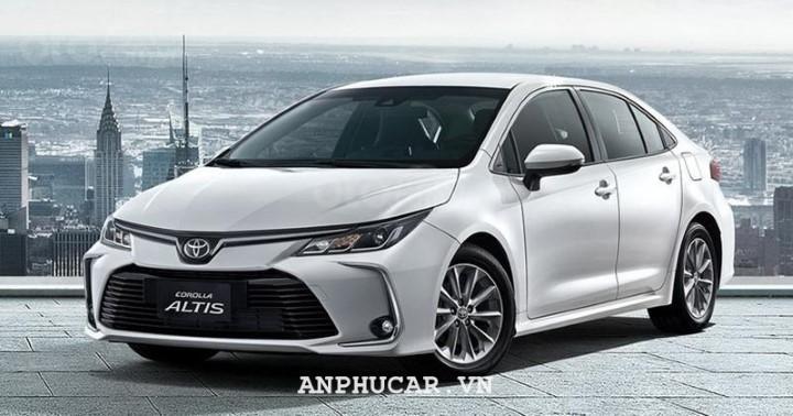 Toyota Corolla Altis 1.8E MT 2020 gia bao nhieu