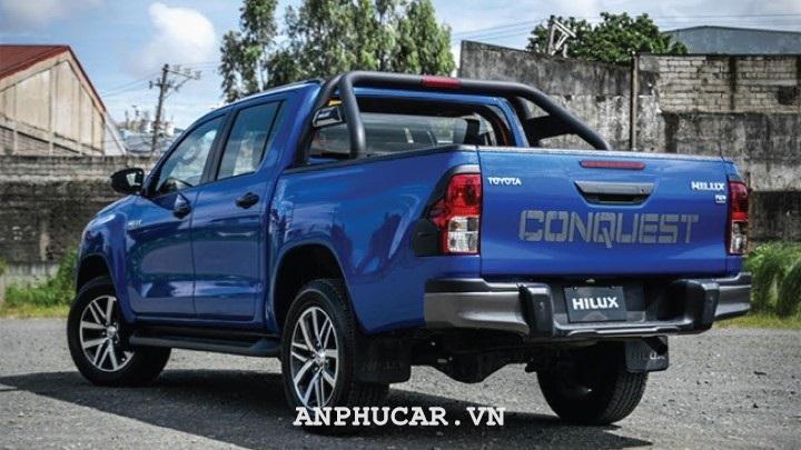 Toyota Hilux 2.8G 4x4 AT 2020 gia lan banh bao nhieu