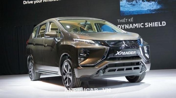 Toyota Innova 2020 thua Xpander 2020 the nao