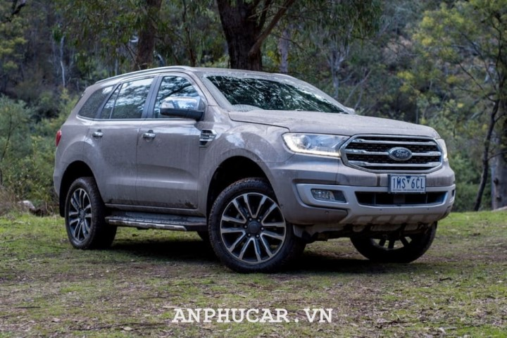 Ford Everest Ambiente 2.0L AT 2020