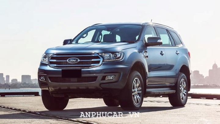 Ford Everest Ambiente 2.0L MT 2020