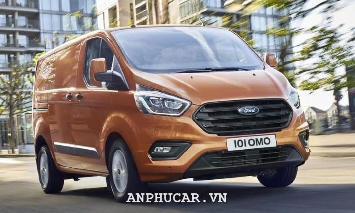 Ford Tourneo 2.0L Titanium 2020 mua xe