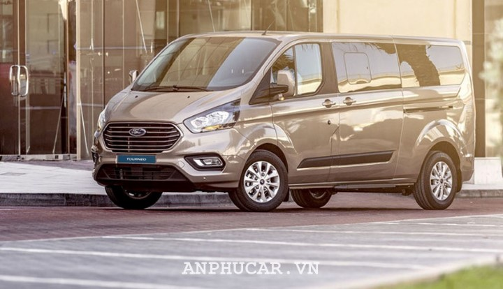 Ford Tourneo 2.0L Trend AT 2020 van hanh