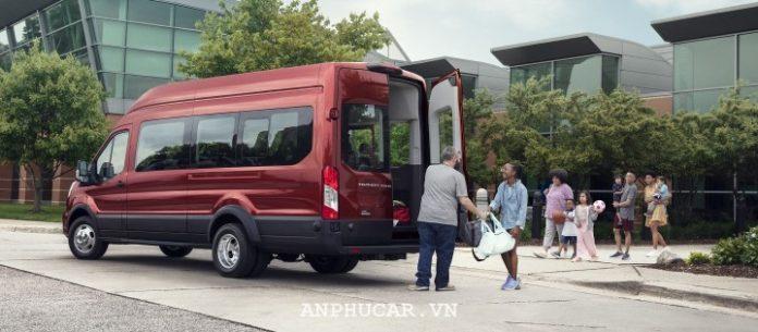 Ford Transit Luxury 2020 gia bao nhieu