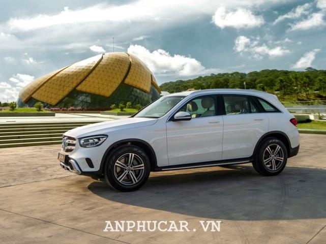 Mercedes-Benz GLC 200 4Matic ra mat thi truong Viet Nam